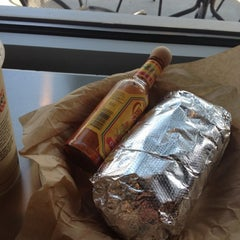 Photo taken at Qdoba Mexican Grill by Gabriel G. on 7/24/2012