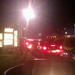 Photo taken at Taco Bell by Tracie F. on 5/31/2012