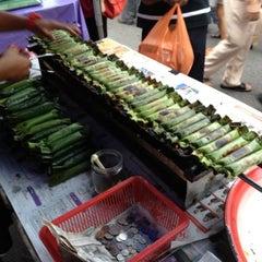 Photo taken at Pasar Malam Bangsar by cheeko c. on 6/10/2012