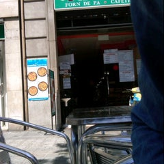 Photo taken at Ágora Forn de Pa / Cafeteria by Maria R. on 5/9/2012