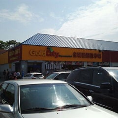 Photo taken at Gold City Supermarket by Greg on 5/27/2012