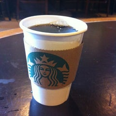 Photo taken at Starbucks by Roy H. on 4/24/2012