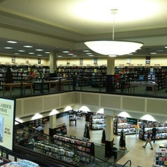 Photo taken at Barnes & Noble by Thom K. on 6/30/2012