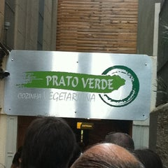 Photo taken at Prato Verde by Rodrigo P. on 10/9/2011