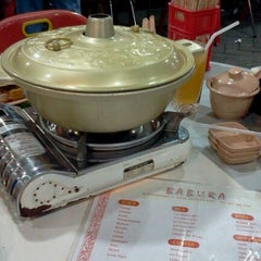 Photo taken at Babura Dimsum & Steamboat by Christ Lin on 12/10/2011