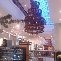 Photo taken at Mall El Jardín by Adriana A. on 12/2/2011