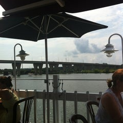 Photo taken at Harris Crab House by Michelle B. on 8/11/2012