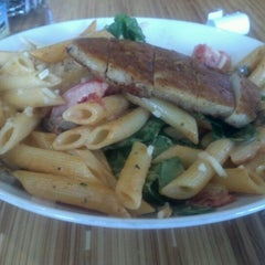 Photo taken at Noodles & Company by J W. on 7/31/2012