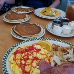 Photo taken at Magnolia Pancake Haus by Rudy Y. on 12/8/2011