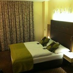 Das Foto wurde bei Boutiquehotel Stadthalle von Peter G. am 11/14/2011 aufgenommen