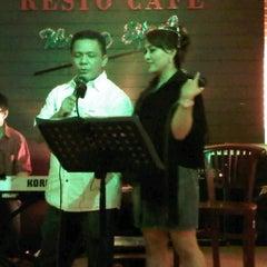 Photo taken at Resto Café Waroeng Steak by Herry S. on 1/22/2012