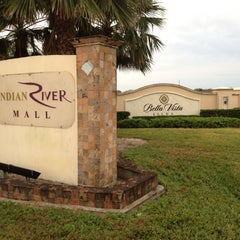 Photo taken at Indian River Mall by yellooh on 1/11/2012