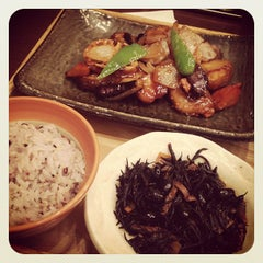 Photo taken at 大戸屋 はません店 by okayan on 6/28/2012