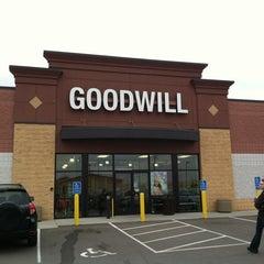 Photo taken at Goodwill Saint Cloud by Matt B. on 3/27/2012