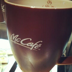 Photo taken at McDonald's / McCafe by Nasrul Hazim M. on 8/4/2012