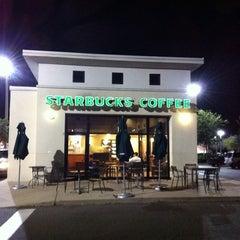 Photo taken at Starbucks by Chris H. on 1/8/2011