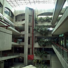 Photo taken at Centro Comercial Omnium by JuCaVe on 12/10/2011