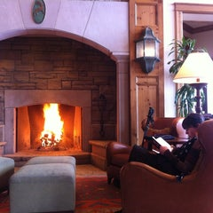 Photo taken at Park Hyatt Beaver Creek Resort and Spa by Jeremy A. on 2/14/2012