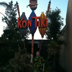 Photo taken at Kon Tiki by Leslie R. on 5/29/2011