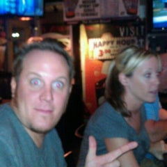 Photo taken at TGI Fridays by Ray C. on 8/27/2011