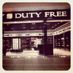 Photo taken at Runway Duty Free by Костя К. on 9/1/2011