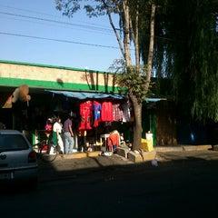 Photo taken at Mercado 24 de Agosto by Cuervo on 5/28/2012