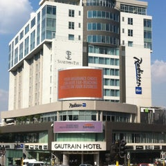 Photo taken at Radisson Blu Gautrain Hotel by Goodnews C. on 3/23/2012