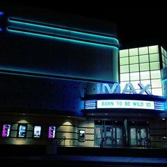 Photo taken at Warren Theatres by Navarro P. on 4/27/2011