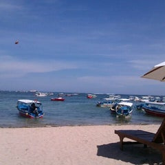 Photo taken at Tanjung Benoa Beach by Rany.H. R. on 11/17/2011