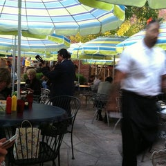 Photo taken at Cafe El Noa Noa by Matt S. on 9/17/2011