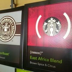 Photo taken at Starbucks by @LorenzoAgustin ☆ on 9/5/2011