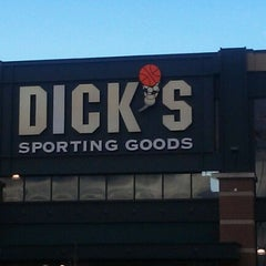 Photo taken at Dick's Sporting Goods by Kumaran B. on 1/2/2012