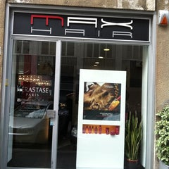 Photo taken at Max Hair by Rossi Massimiliano M. on 5/31/2011
