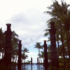 Photo taken at Shangri-La Boracay Resort and Spa by Carla L. on 10/30/2011