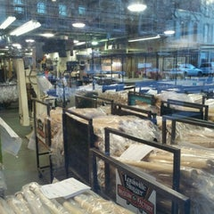 Photo taken at Louisville Slugger Museum & Factory by Erik D. on 12/29/2011
