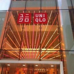 Photo taken at UNIQLO 5th Ave by Jeffrey Y. on 11/20/2011