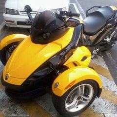 Photo taken at Honda Andre Ribeiro by Claudionor S. on 9/18/2011
