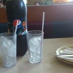 Photo taken at Pizza Hut by PandaSama on 5/30/2012