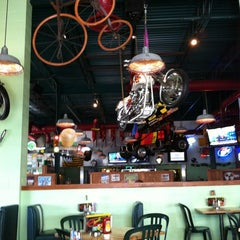 Photo taken at Quaker Steak & Lube® by Joe G. on 4/20/2012