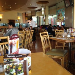 Photo taken at Vips by ماركو Marco M. on 4/17/2012