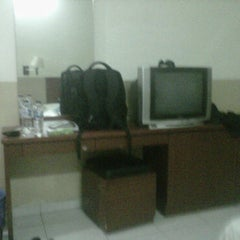Photo taken at Hotel Fiducia by Ramses S. on 10/19/2011