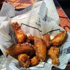 Photo taken at Wingstop by Edward Y. on 6/27/2011