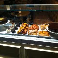 Photo taken at Choco Bolo by Denny D. on 6/9/2012