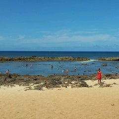 Photo taken at Pupukea Beach Park by aki8054 on 10/12/2011