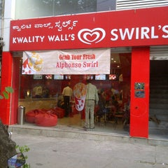 Photo taken at Kwality Walls Swirls @ Jayanagar 4th Block by Mohit D. on 5/17/2011
