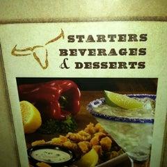 Photo taken at LongHorn Steakhouse by Debbie K. on 11/6/2011