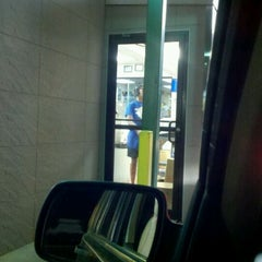Photo taken at SONIC Drive In by Drake on 9/17/2011