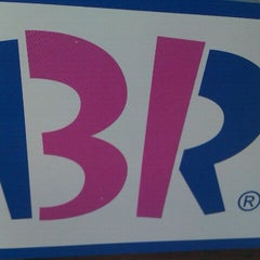 Photo taken at Baskin-Robbins by Coral S. on 1/3/2012