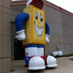 Photo taken at Mattress Warehouse Outlet by Jayhawk on 7/24/2011
