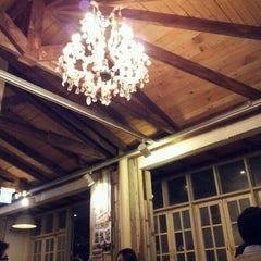Photo taken at ESPRESSO ★ PUBLIC by 노 란. on 12/31/2011